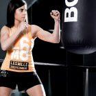 Frase Motivacion el camino no es facila gimnasio fitness chica fitness