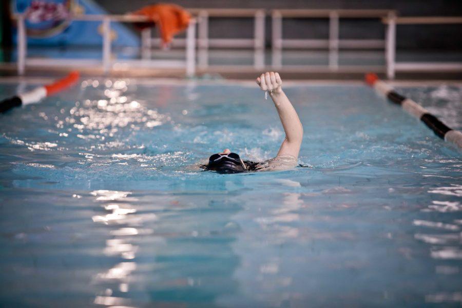 Clases de natación en Granada para todas las edades